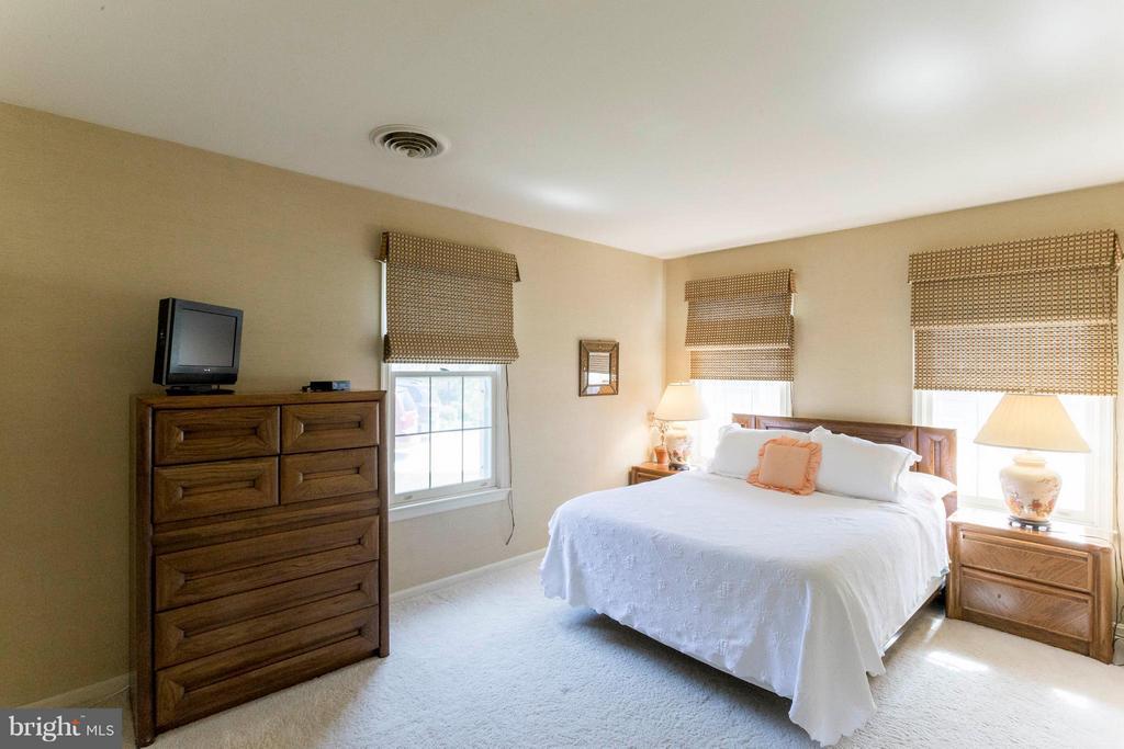Bedroom 5 - 6613 SADDLEHORN CT, BURKE