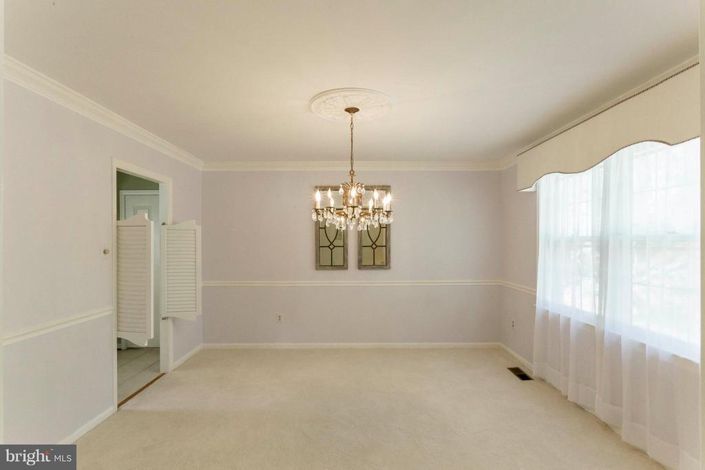 Dining Room - 6613 SADDLEHORN CT, BURKE