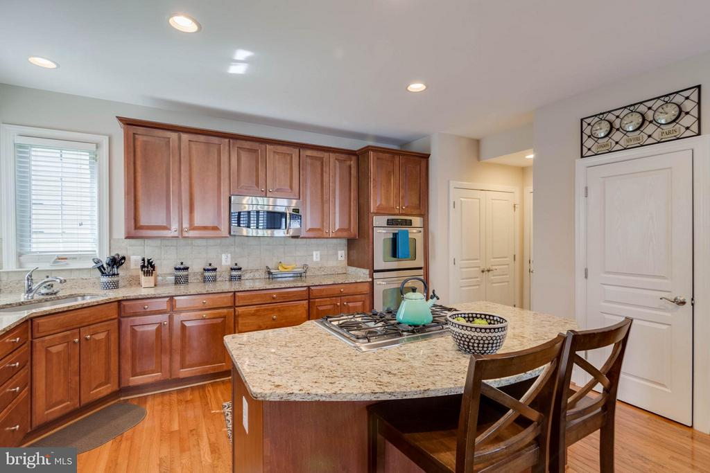 Kitchen - 23247 CHRISTOPHER THOMAS LN, ASHBURN