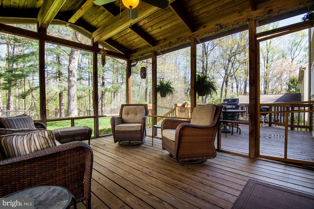 Screened Porch - 9504 RETRIEVER RD, BURKE