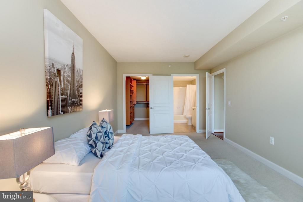 Bedroom - 2451 MIDTOWN AVE #1522, ALEXANDRIA