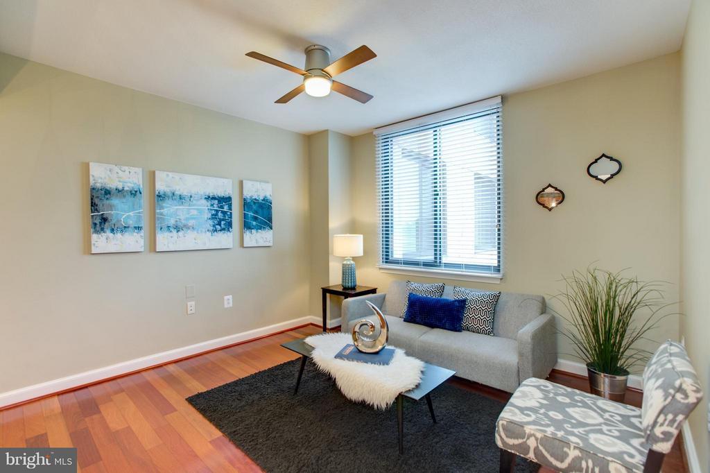 Living Room - 2451 MIDTOWN AVE #1522, ALEXANDRIA