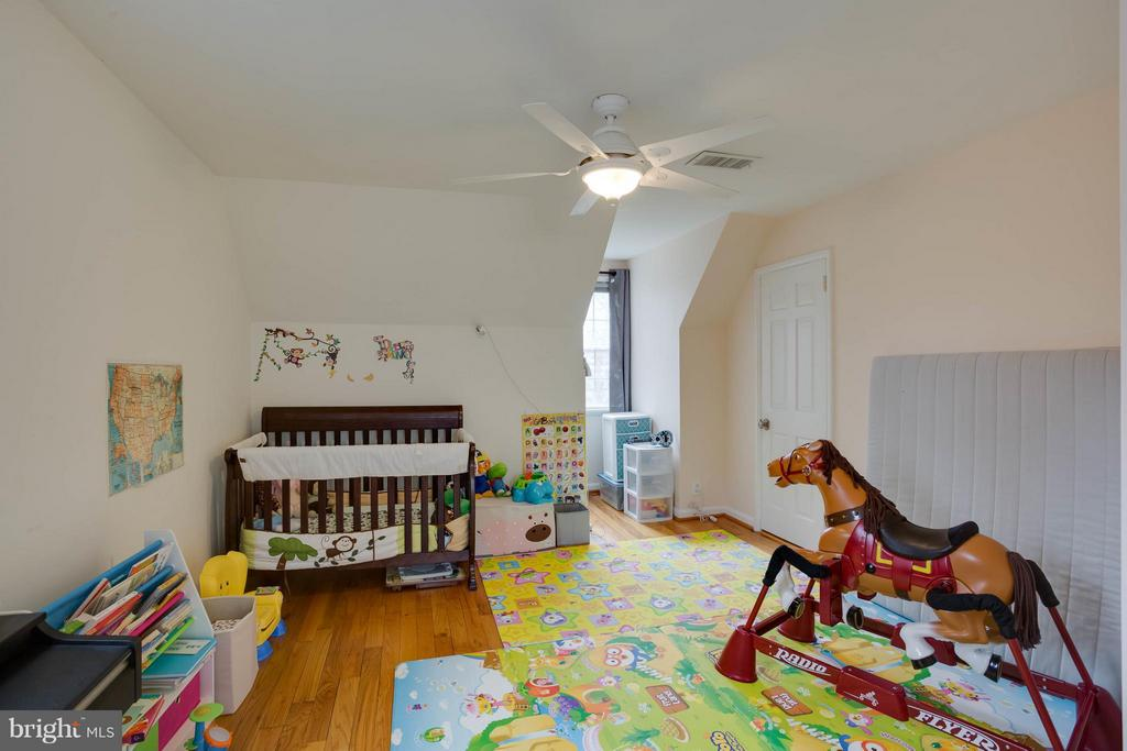 Bedroom (Master) - 3304 WAKEFIELD ST #A, ARLINGTON