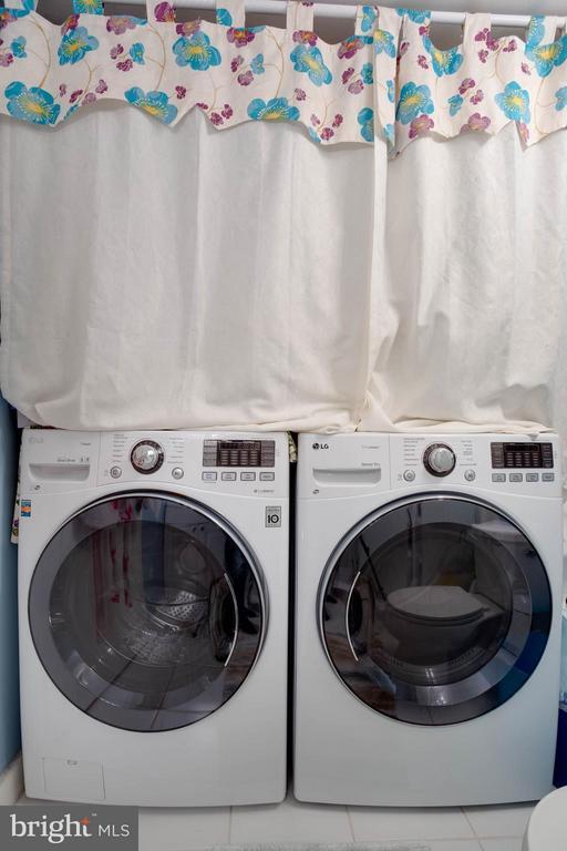 Laundry Area - 3304 WAKEFIELD ST #A, ARLINGTON