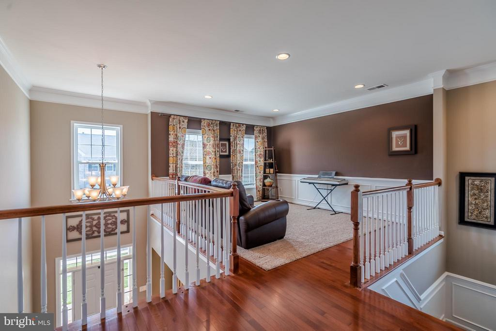 Loft on Bedroom Level Makes for a Great Kids Area - 42970 TEALBRIAR PL, BROADLANDS