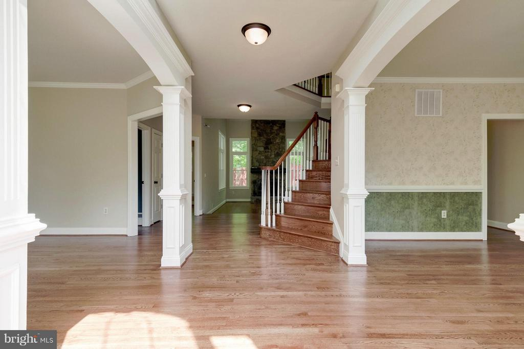 Foyer - 4220 KERSEY CIR, DUMFRIES