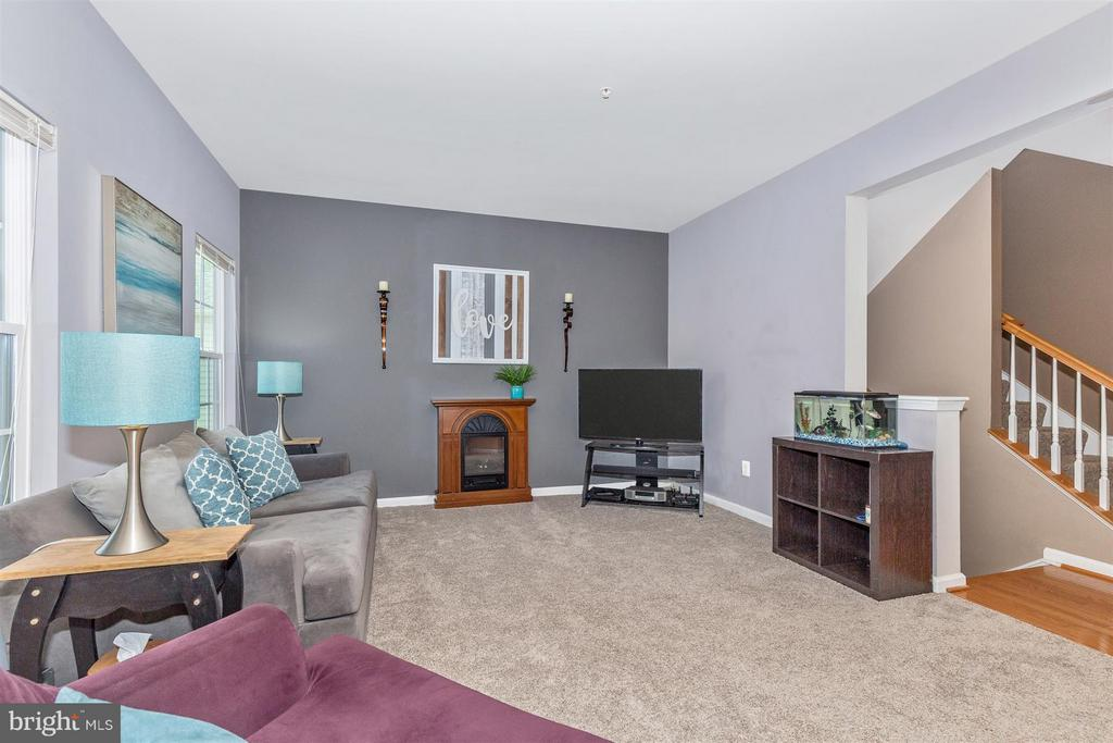 New carpeting! - 5011 SMALL GAINS WAY, FREDERICK