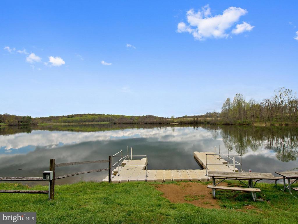 Dock - 35943 SHREWSBURY CT, ROUND HILL