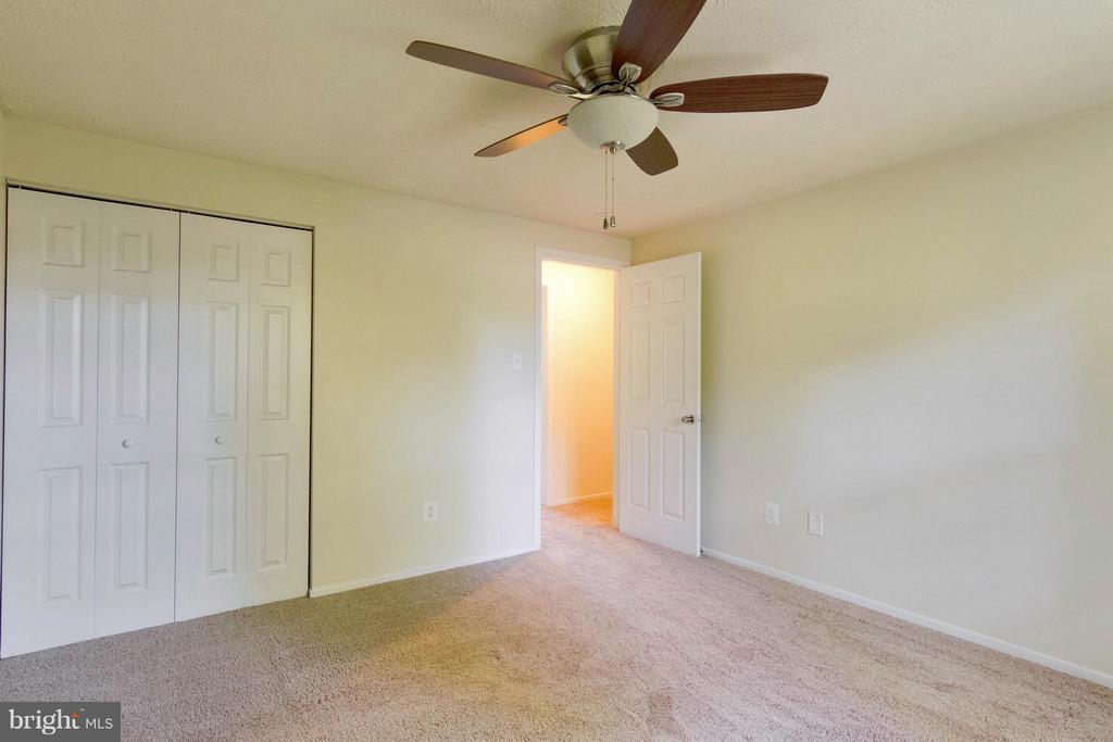 Bedroom - 8 FAIRFIELD CT, STAFFORD