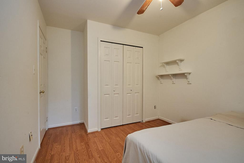 Bedroom 2 - 10882 OAK GREEN CT, BURKE
