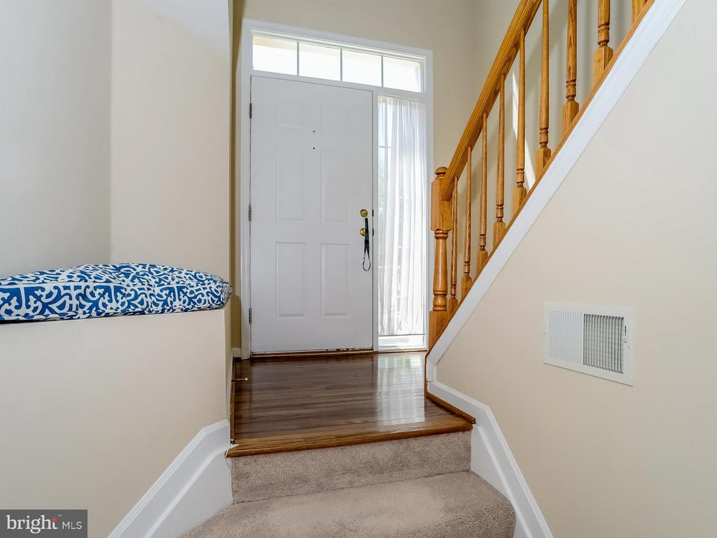 Two Story Entry Foyer - 11438 ABNER AVE, FAIRFAX