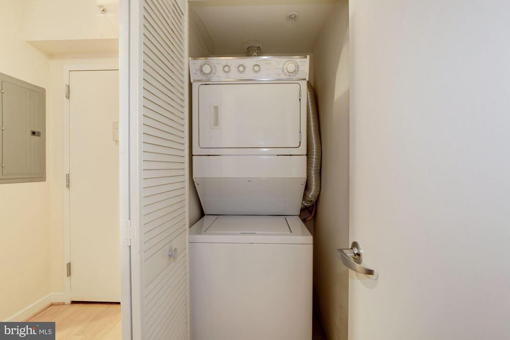 Washer dryer - 1000 NEW JERSEY AVE SE #626, WASHINGTON