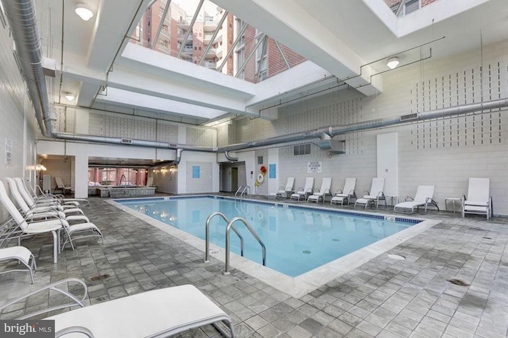 Indoor all year round pool - 1000 NEW JERSEY AVE SE #626, WASHINGTON