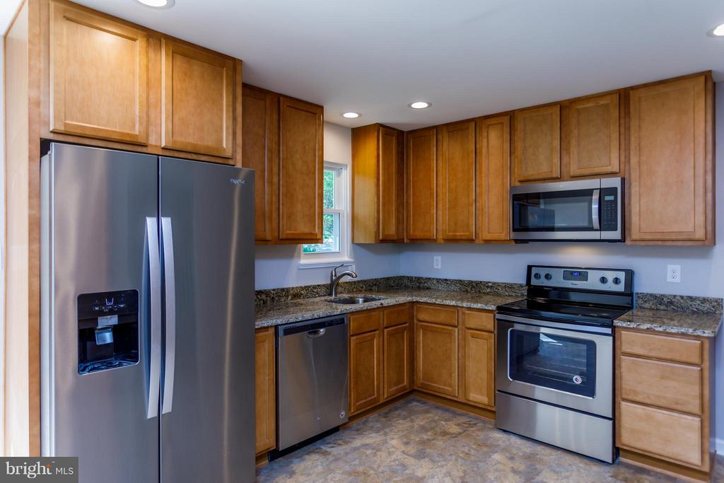 Kitchen - 11602 GORDON RD, FREDERICKSBURG