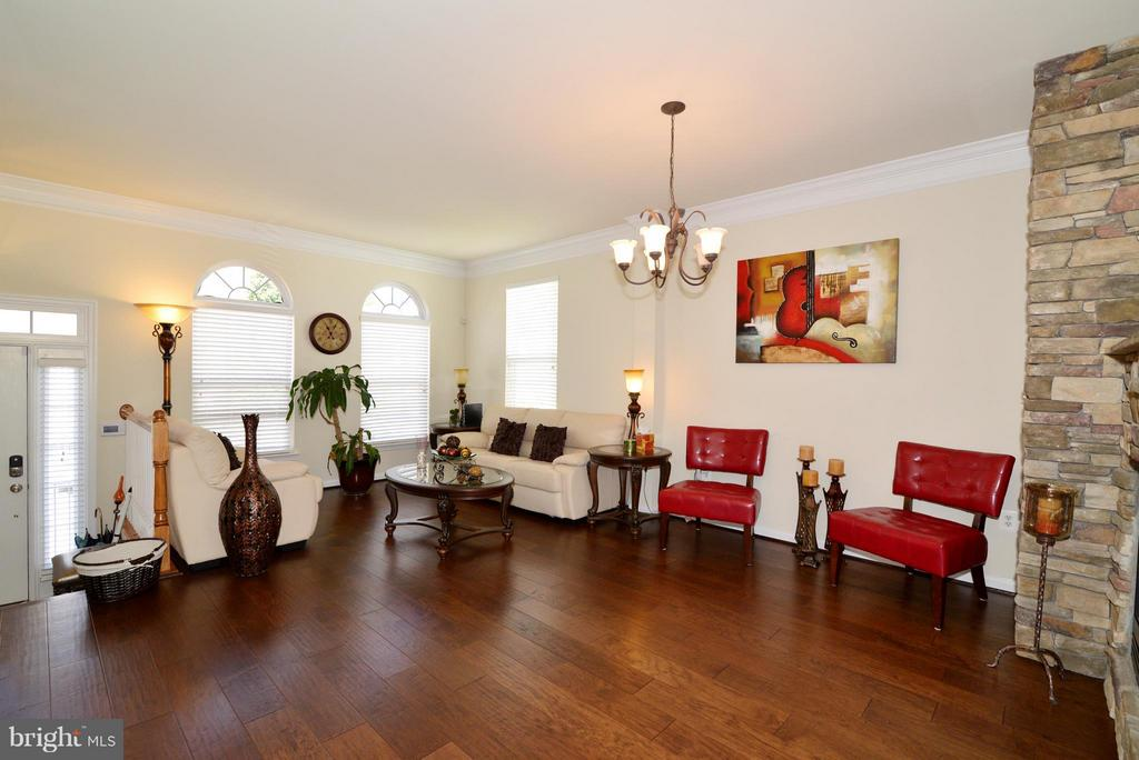 Is actually a dining room/living room combo - 4661 CARISBROOKE LN, FAIRFAX