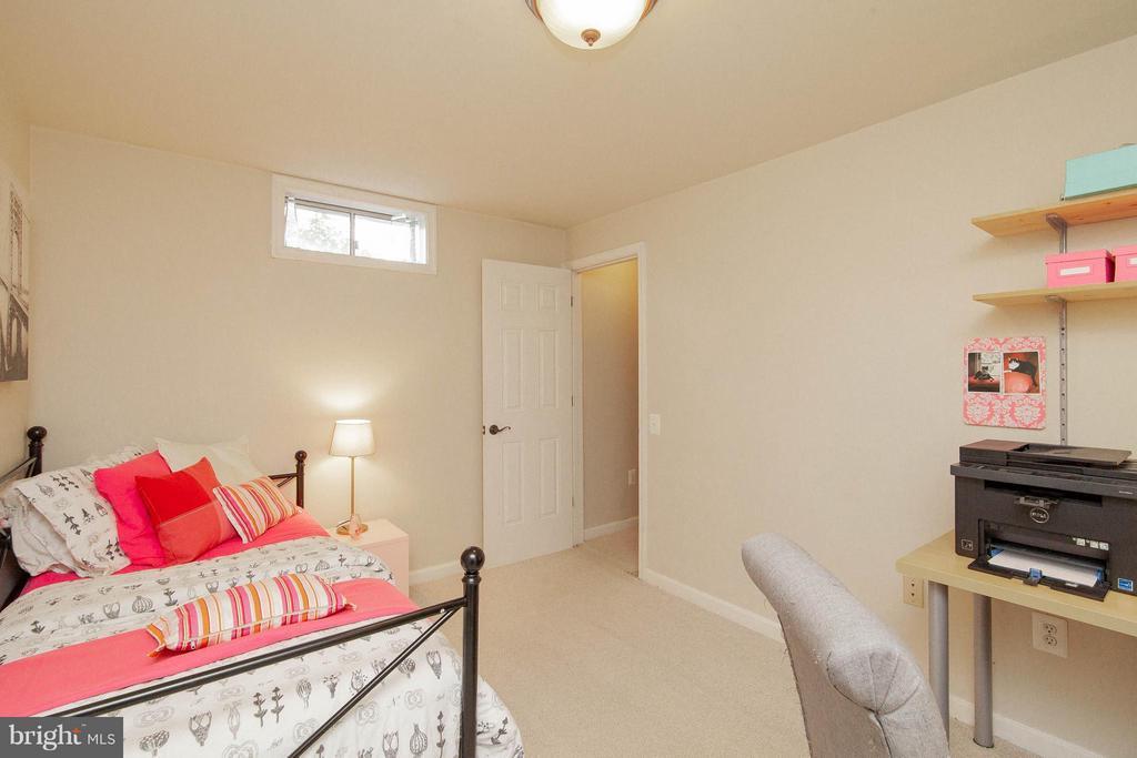 Basement Den/4th Bedroom not-to-code - 14951 SLIPPERY ELM CT, WOODBRIDGE