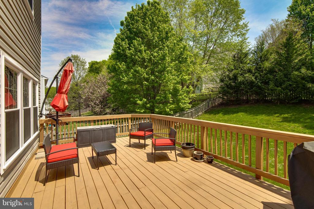 New Deck - 14951 SLIPPERY ELM CT, WOODBRIDGE