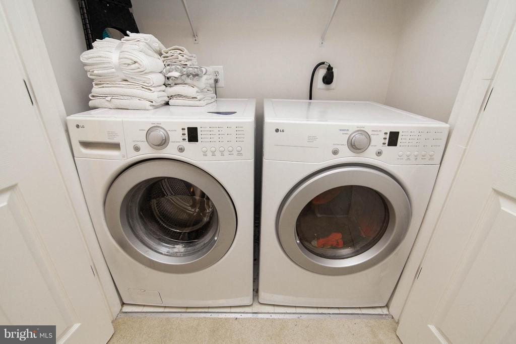 Laundry - 14951 SLIPPERY ELM CT, WOODBRIDGE