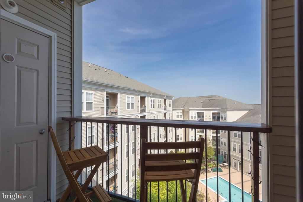 Private Balcony with View of the Pool - 2321 25TH ST S #2-415, ARLINGTON