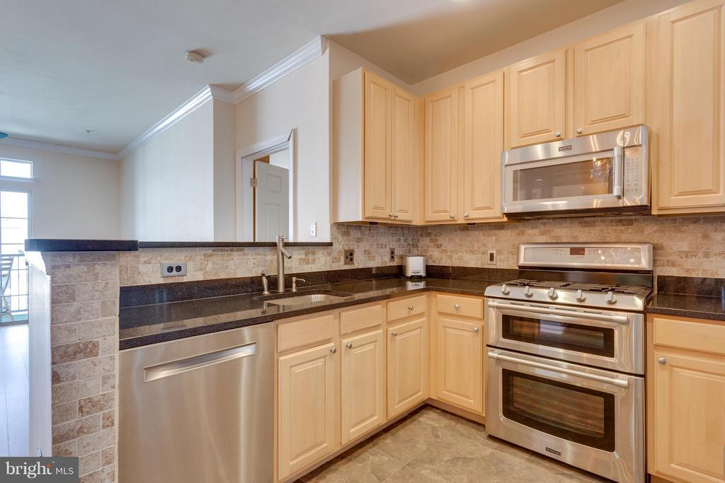 Kitchen - 2321 25TH ST S #2-415, ARLINGTON