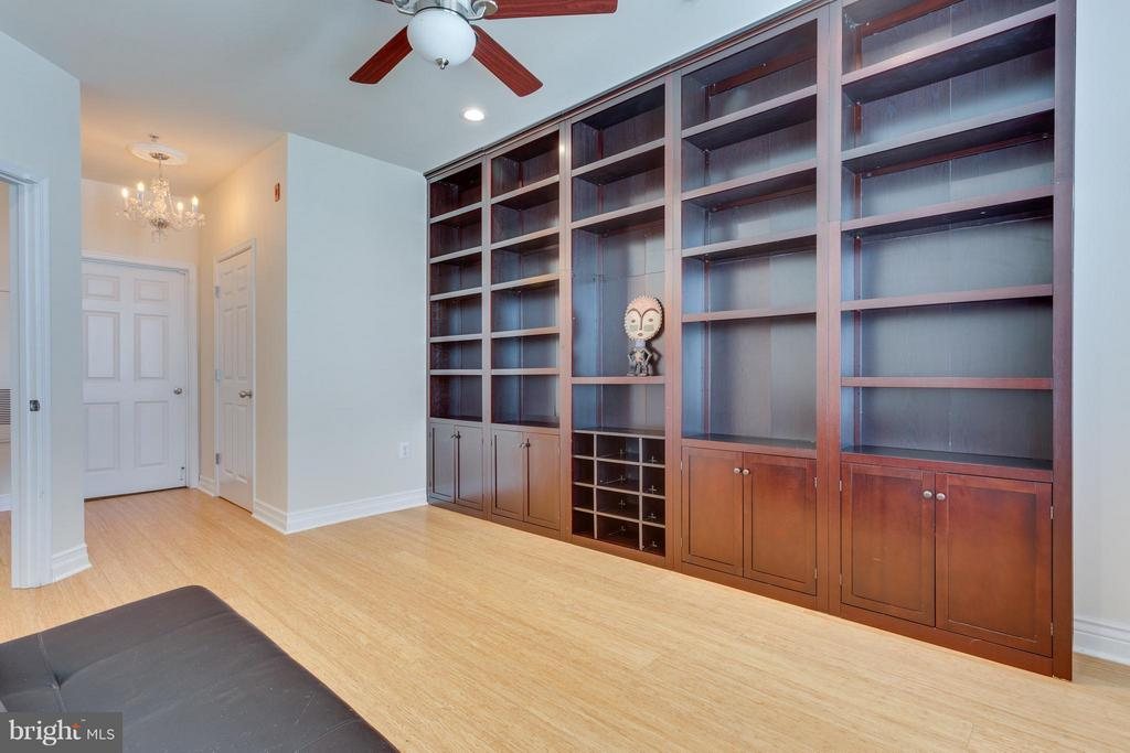 2nd Bedroom also has walk-in closet - 2321 25TH ST S #2-415, ARLINGTON