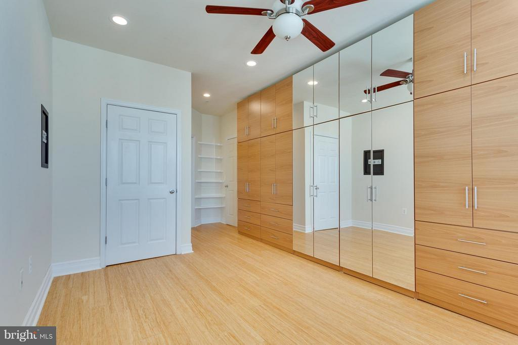 Bedroom (Master) - 2321 25TH ST S #2-415, ARLINGTON