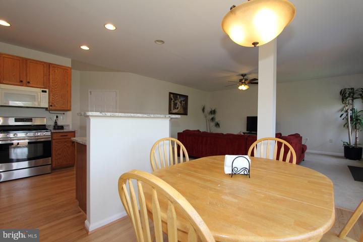 Kitchen - 402 HANRAHAN CT SE, LEESBURG
