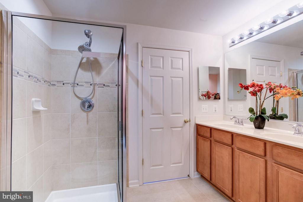 Master Bath offers Double Vanity and Shower - 15246 ROSEMONT MANOR DR, HAYMARKET