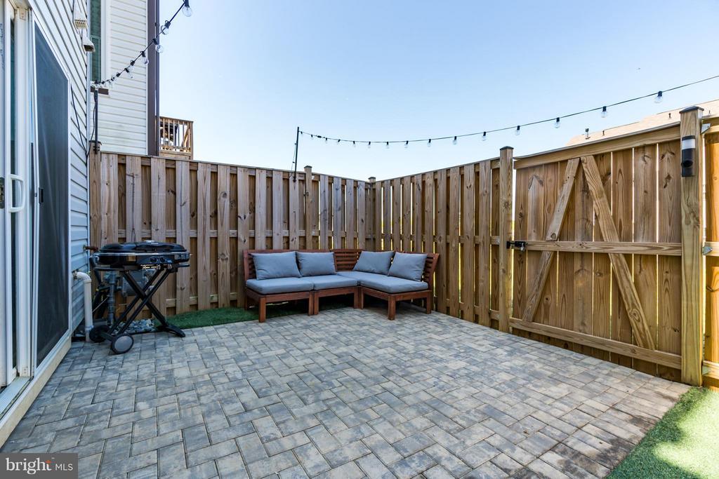 Patio, Fenced Yard - 117 DANDRIDGE CT #48, STAFFORD