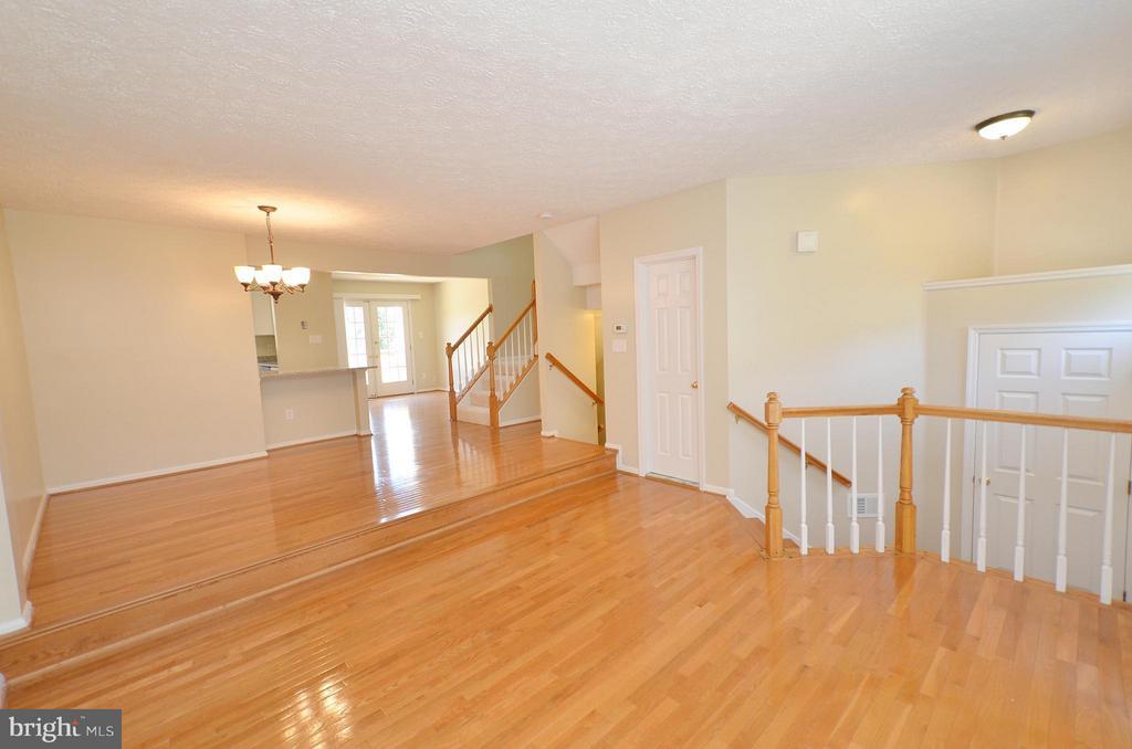 Living Room - 14091 WINDING RIDGE LN, CENTREVILLE