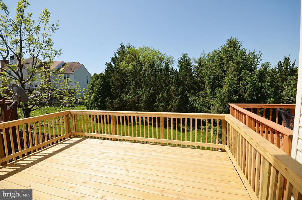 Deck View - 14091 WINDING RIDGE LN, CENTREVILLE