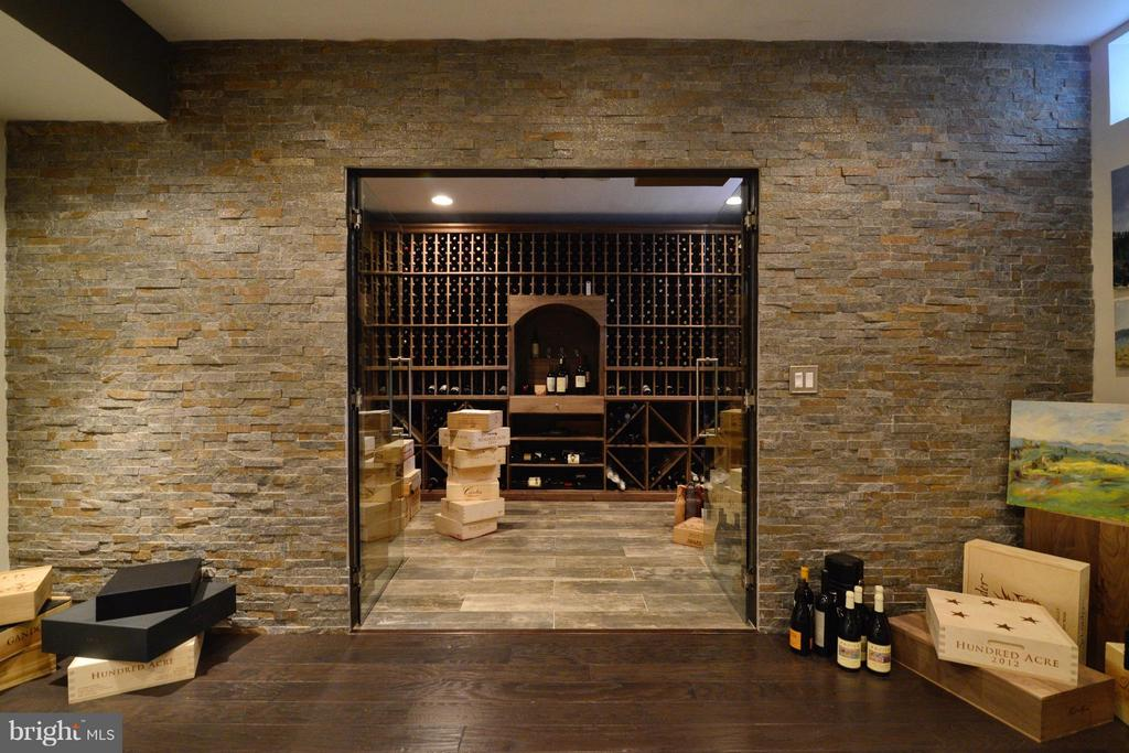 WINE CELLAR - 43152 LAUGHING QUAIL CT, ASHBURN