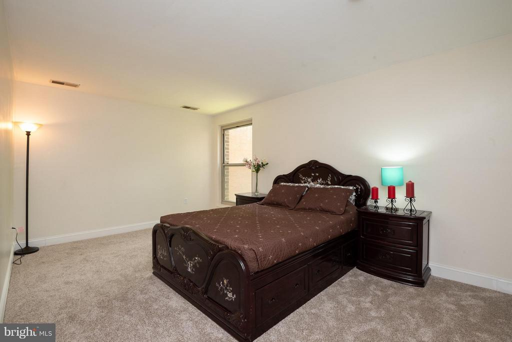 Bedroom (Master) - 3360 WOODBURN RD #23, ANNANDALE