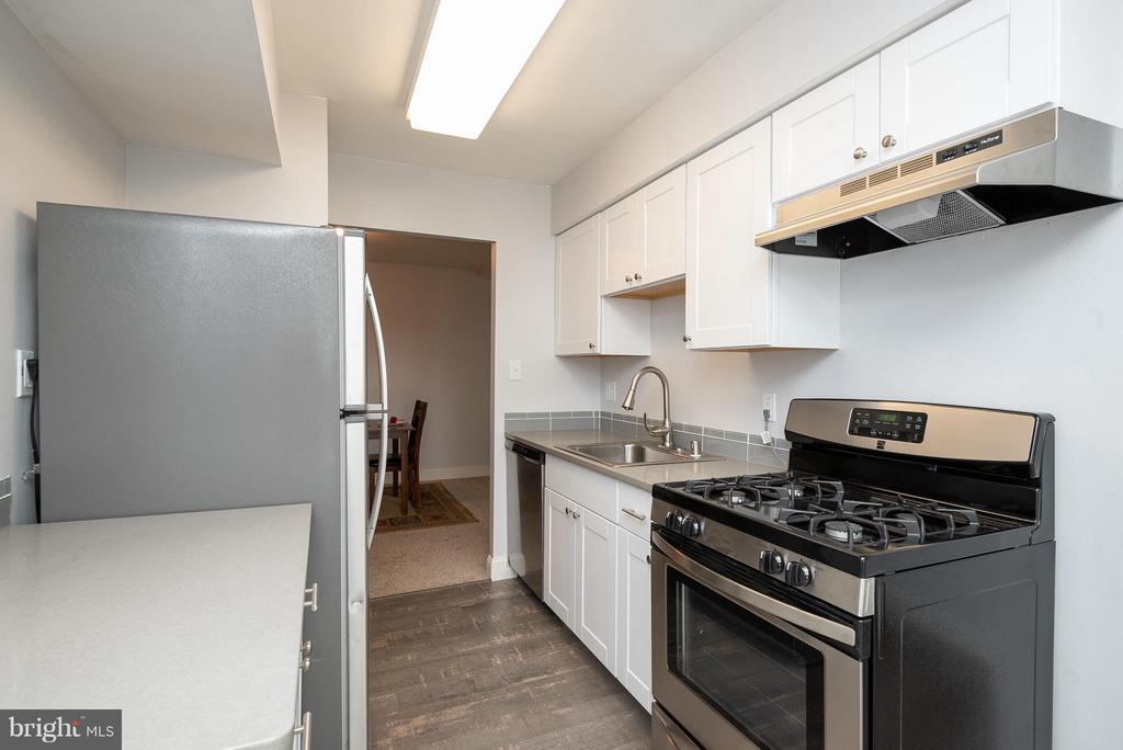 Kitchen - 3360 WOODBURN RD #23, ANNANDALE