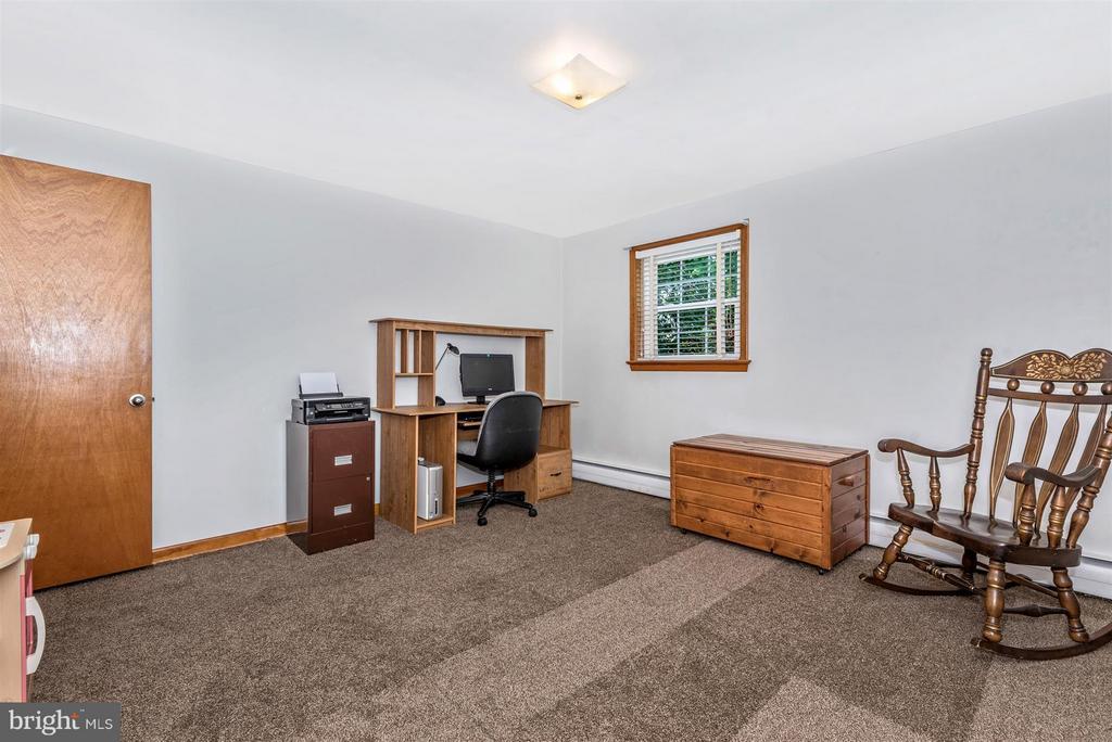 Bedroom - 6105 PEMBROOK ST, FREDERICK