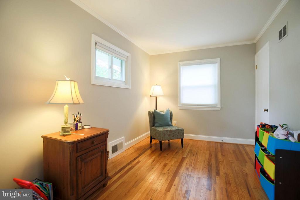 Family Room - 6721 SWARTHMORE DR, ALEXANDRIA