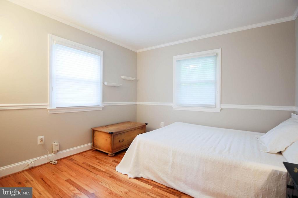 Bedroom - 6721 SWARTHMORE DR, ALEXANDRIA