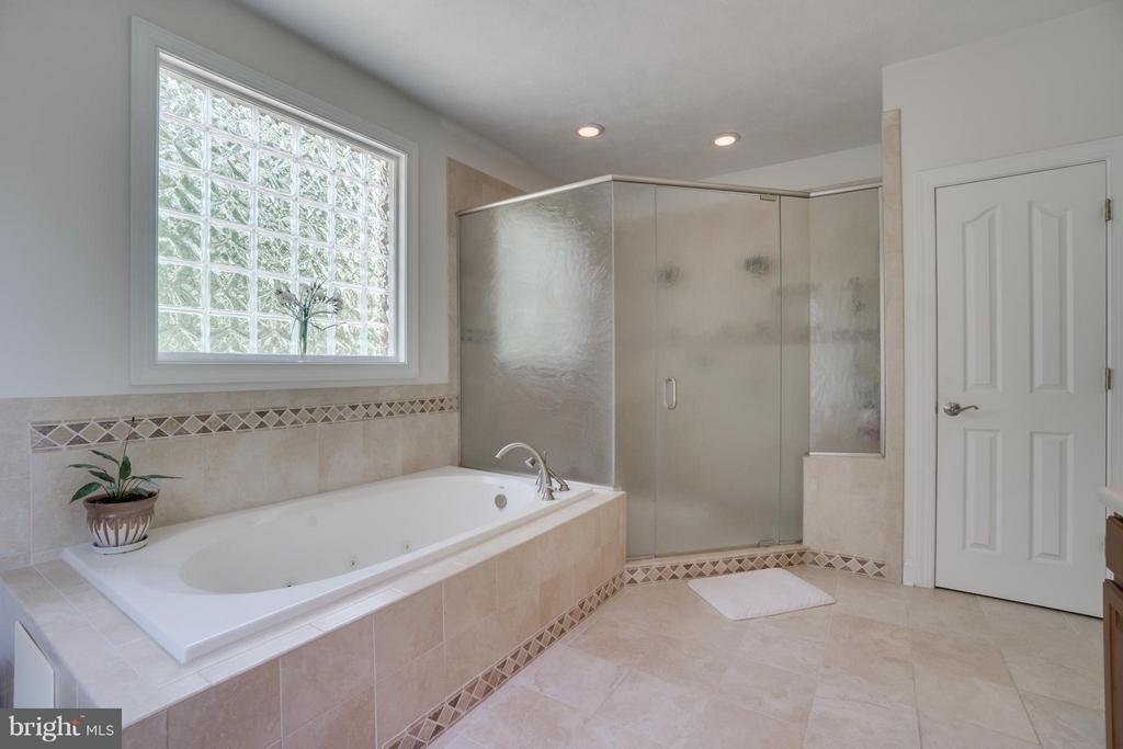 Bath (Master) - 7320 TANGLEWOOD RD, SPOTSYLVANIA