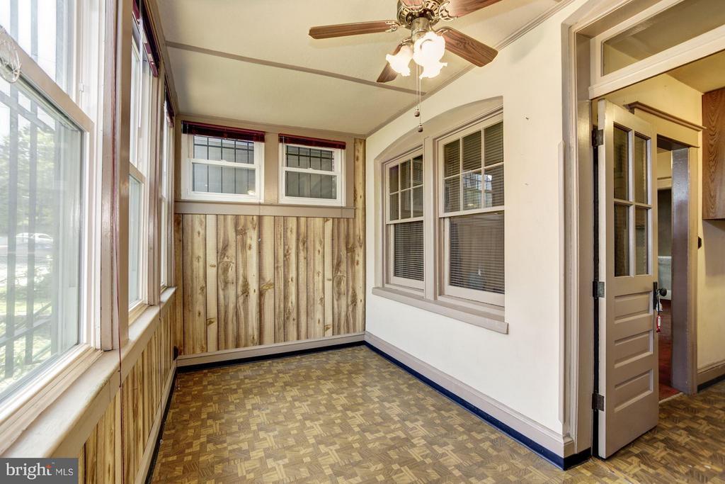Enclosed Back Porch on Main Level - 334 CHANNING ST NE, WASHINGTON