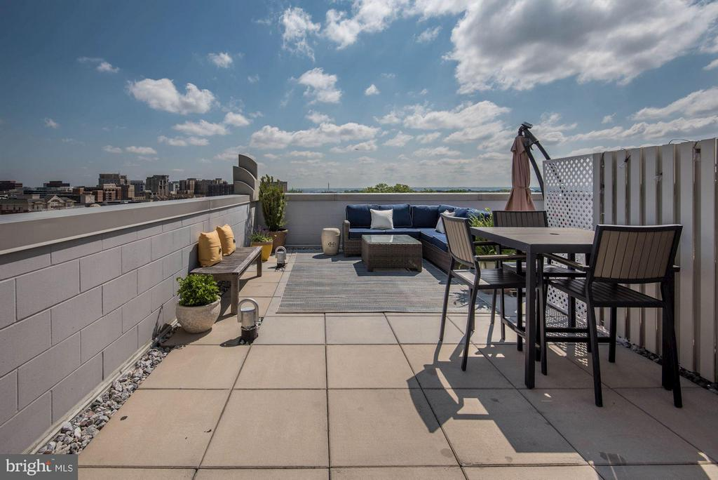 View - 1021 GARFIELD ST #907, ARLINGTON