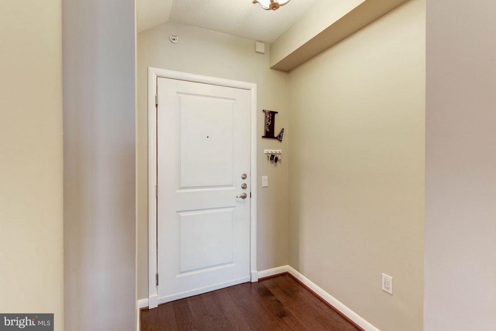 Interior (General) - 1021 GARFIELD ST #907, ARLINGTON