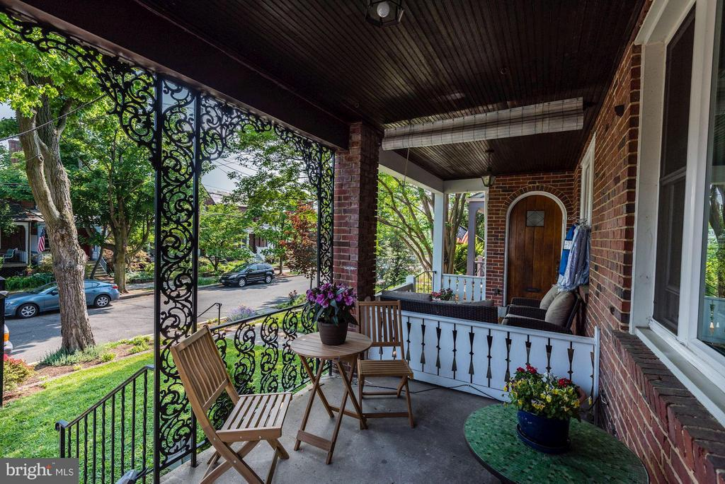 Front Porch for evening breezes - 3823 CALVERT ST NW, WASHINGTON