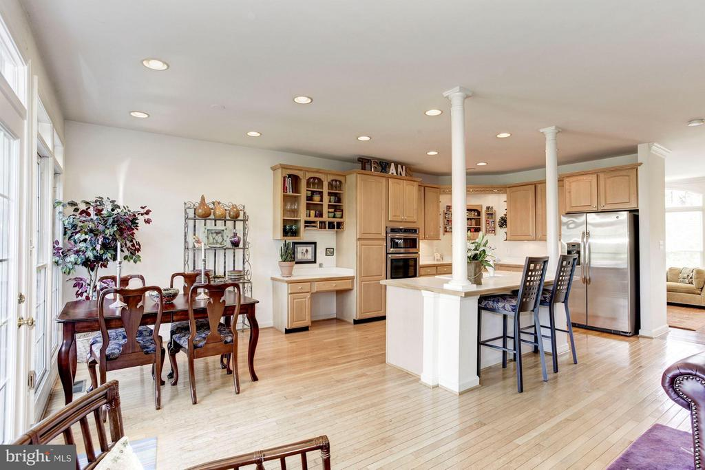 KITCHEN - OPENS BEAUTIFULLY TO DINING AREA, FAM RM - 4572 FAIR VALLEY DR, FAIRFAX