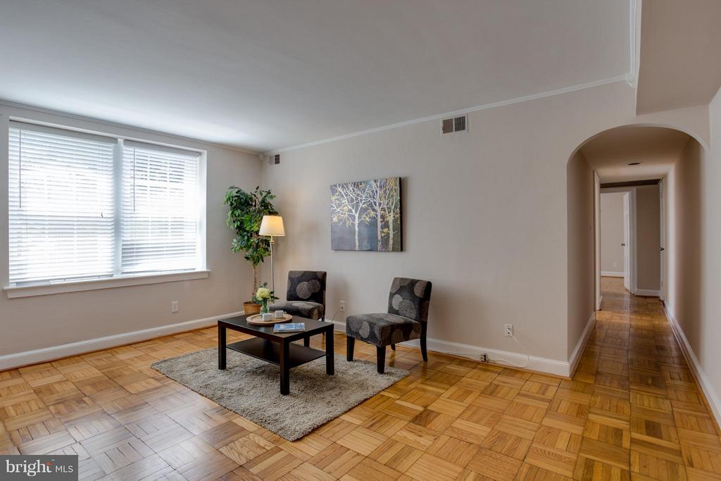 Restored parquet floors - 22 OLD GLEBE RD #5-D, ARLINGTON