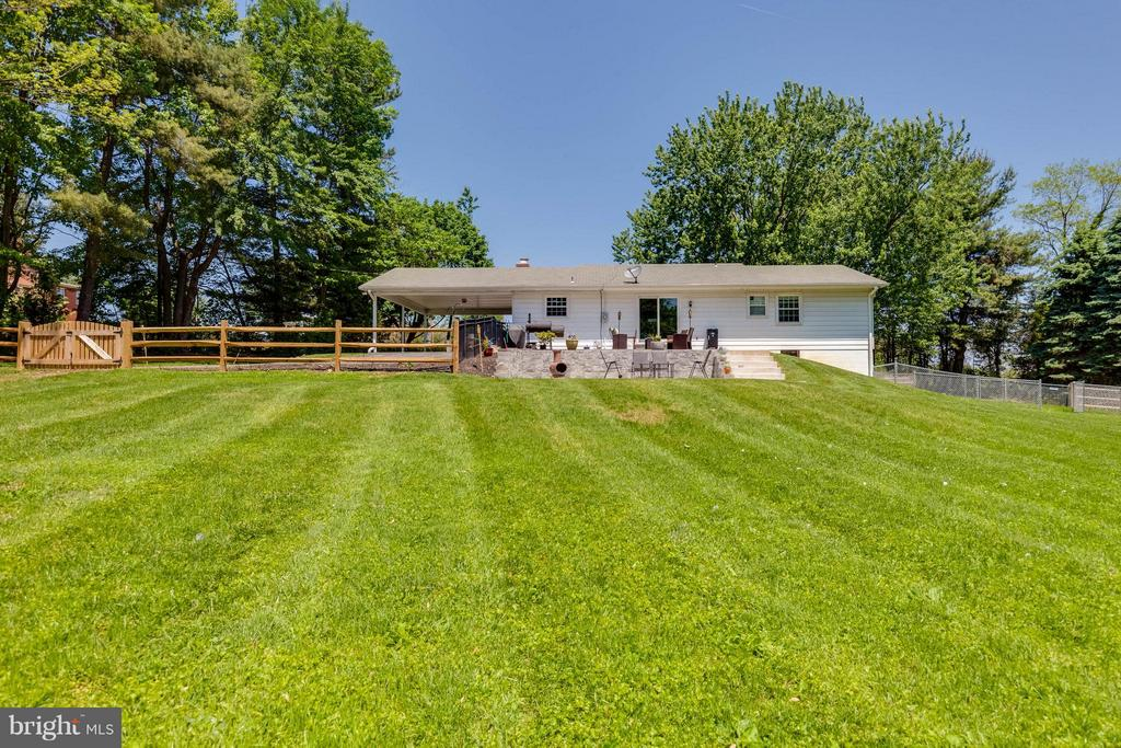 All of this could be YOURS! - 5719 MOUNT PHILLIP RD, FREDERICK