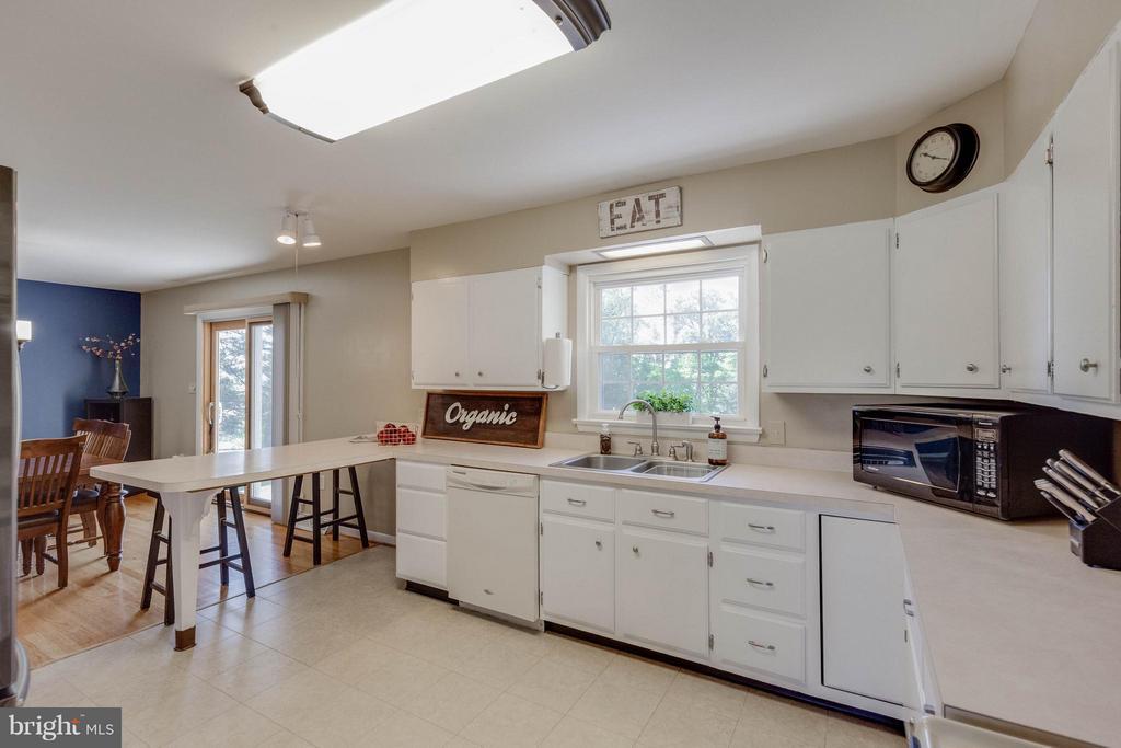 Bright and White Kitchen w view to acreage - 5719 MOUNT PHILLIP RD, FREDERICK