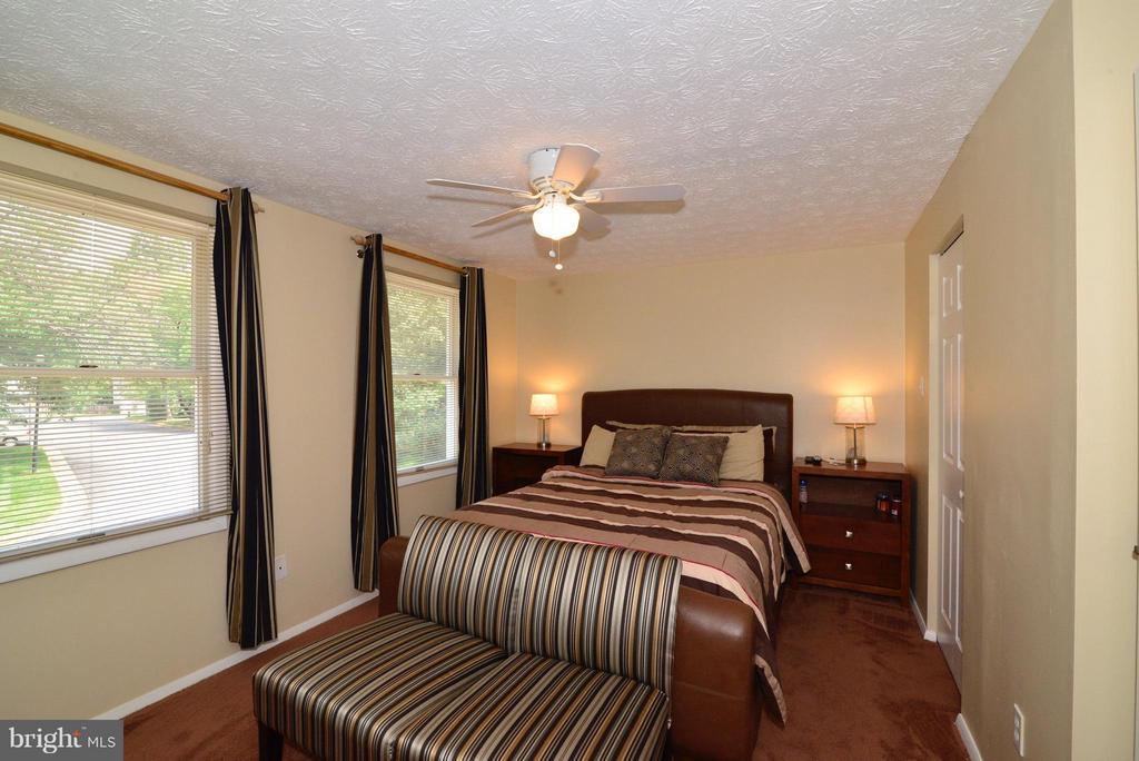 Bedroom (Master) - 8010 GRANDVIEW CT, SPRINGFIELD