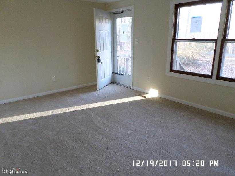 Freshly Painted Interior and All New Flooring! - 6008 NORANDA DR, MINERAL
