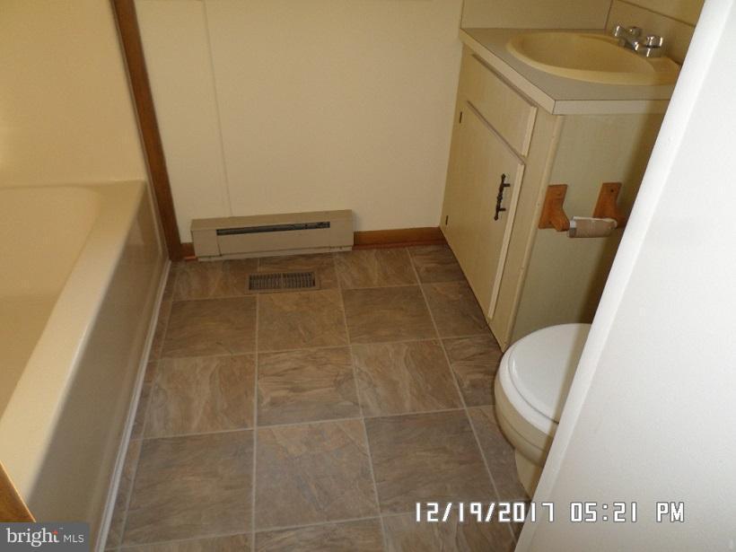 new flooring! - 6008 NORANDA DR, MINERAL