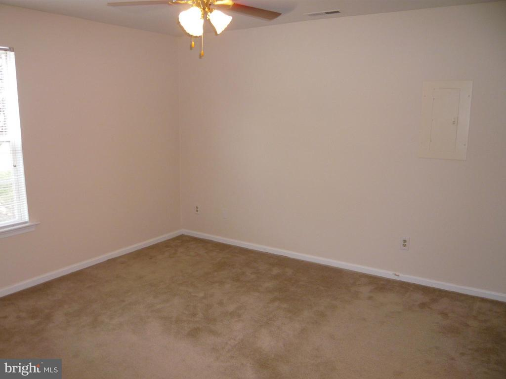 Bedroom 3 - 210 WILD OAK LN #201, STAFFORD